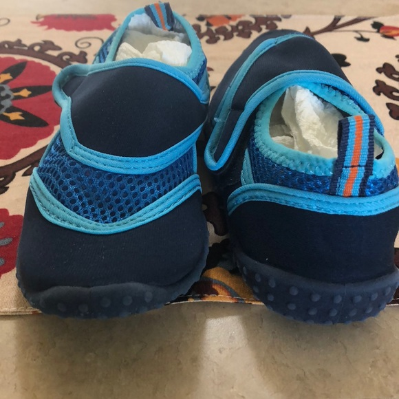Children's Place Shoes | Boys Water